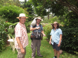 ABD GARDENING AUSTRALIA 20 NOV 14 jerry chris kyleigh